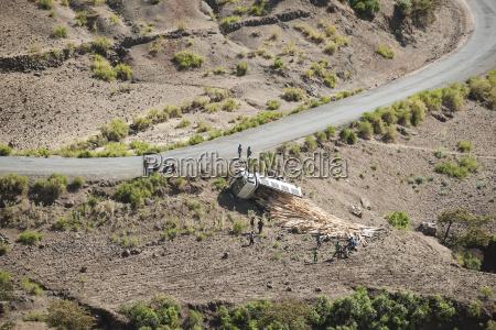 ethiopia truck accident in the desert