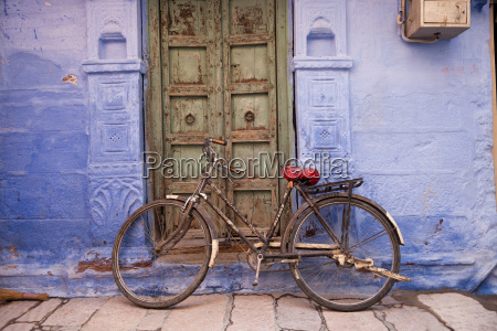 india rajasthan jodhpur bicycle leaning at