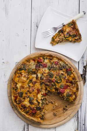 mincemeat quiche with onions and bell