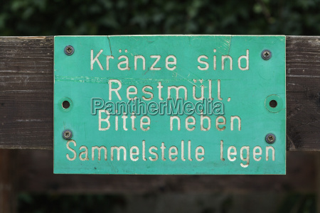 germany sign concering trash at grave