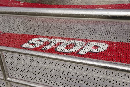 stop at steps at fairground ride