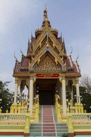 thailand samut sakhon view to wat