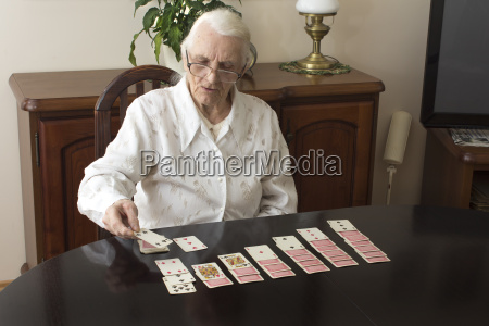 entertainment for the elderly grandma puts