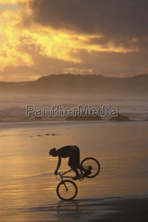 south africa knysua biker