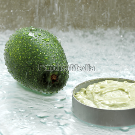 avocado dip close up
