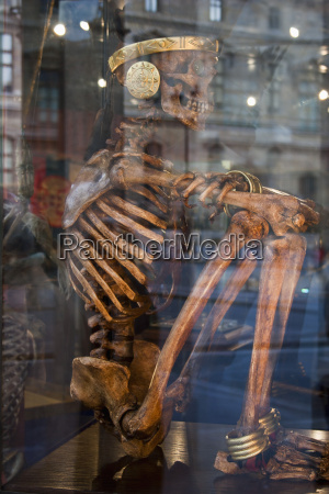 france paris human skeleton with gold