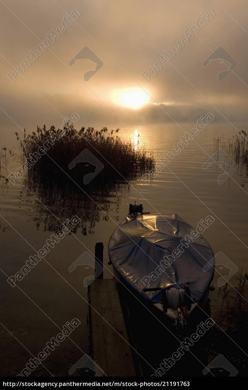 austria, , salzkammergut, , lake, irrsee, , boat, at - 21191763