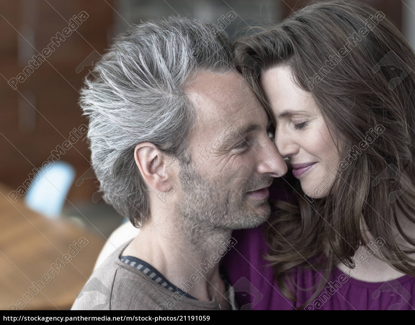 germany, , hamburg, , couple, in, love, , portrait - 21191059