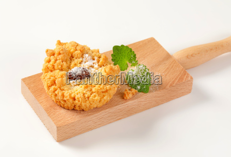 almond crumb cookie