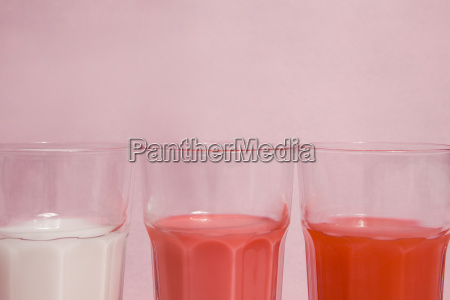 pink gradient cocktail glasses
