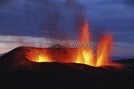 molten lava erupts from eyjafjallajokull fimmvorduhals