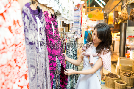 woman shopping in market