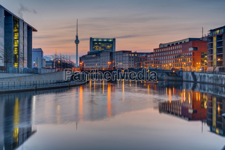 sunset on the river spree in
