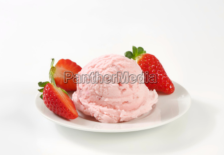 scoop of ice cream and strawberries