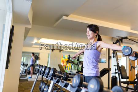 woman doing sport in gym