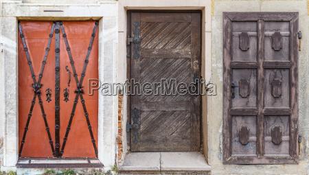 different retro doors