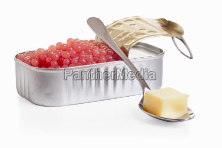 raspberry caviar with vanilla sauce molecular