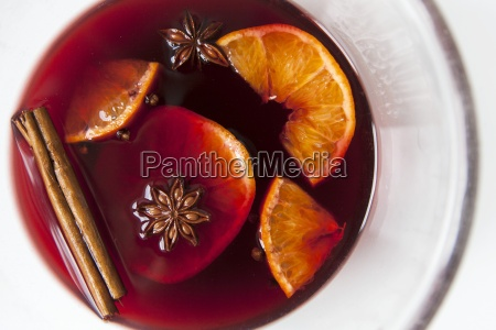 mulled red wine with spices and