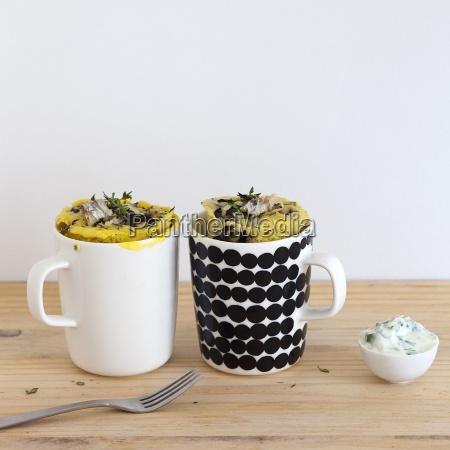 savoury mug cakes with sardines onion