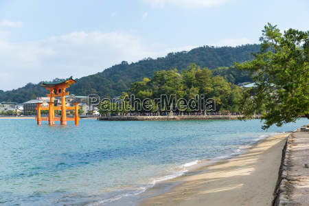 traditional japanese itsukushima shrine