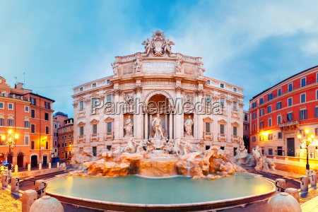 trevi fountain or fontana di trevi