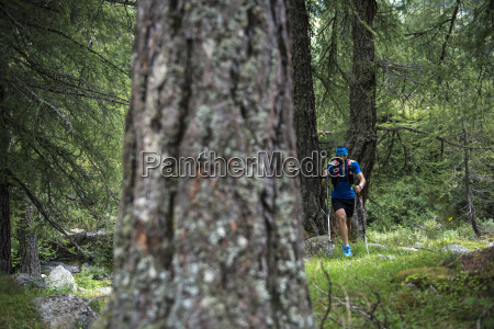 italy alagna trail runner on the