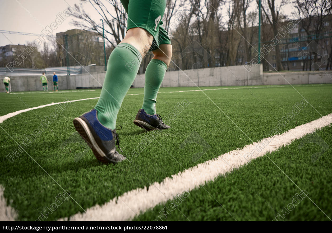 the, legs, of, soccer, football, player - 22078861