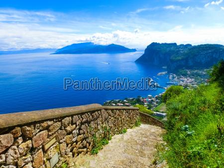 the beautiful capri island
