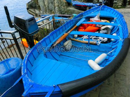 the blu fish boat at riomaggiore