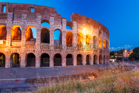 colosseum or coliseum at night rome