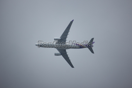 hs tet airbus a330 300 of