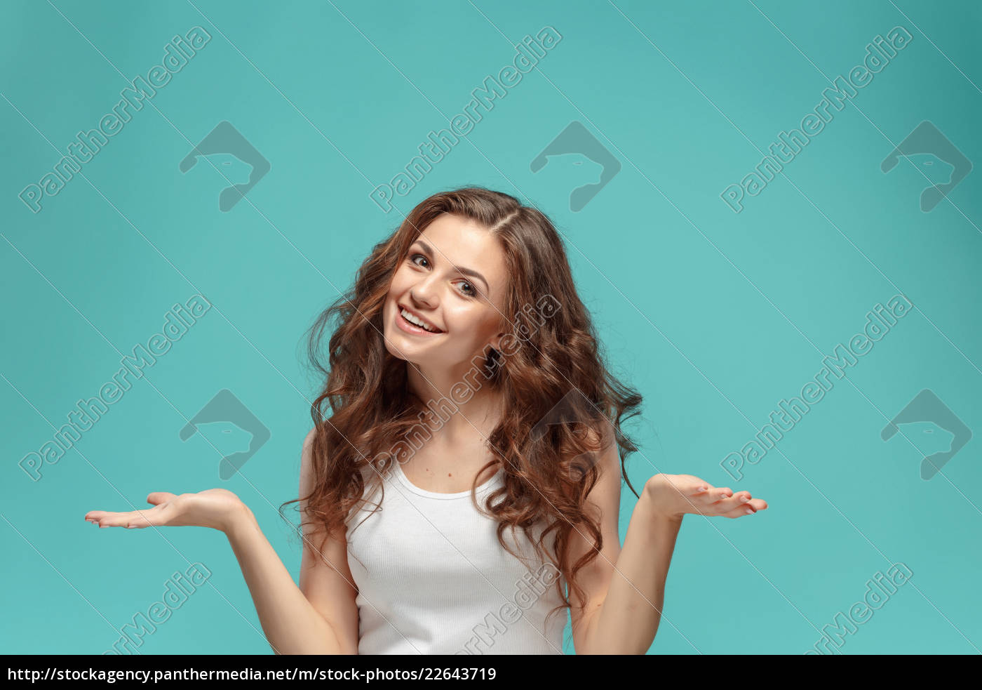the, young, woman's, portrait, with, happy - 22643719