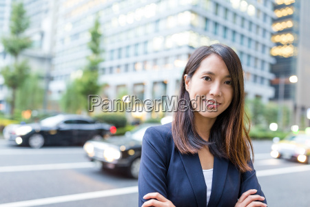 asian, business, woman, in, tokyo, city - 22648083