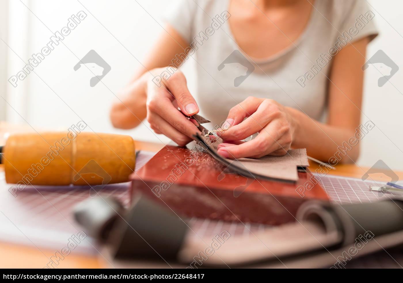leather, craft, workshop - 22648417