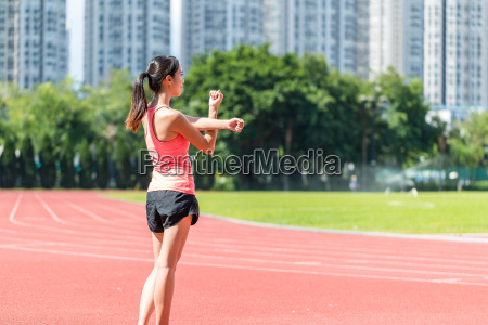 sport, woman, stretching, hand, in, sport - 22648337