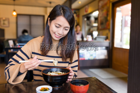 woman, eating, japanese, udon - 22648153