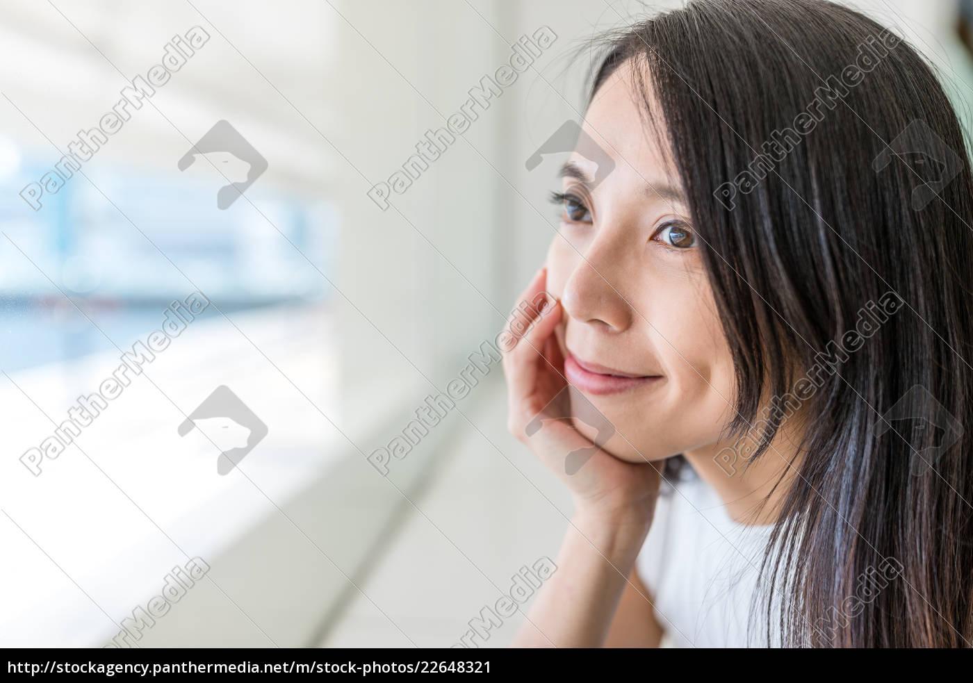 woman, looking, far, away - 22648321