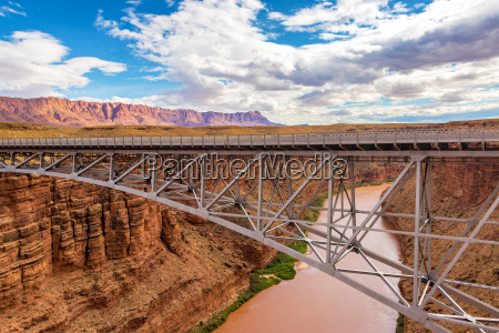navajo bridge in marble canyon