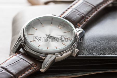 close, up, watch, and, wallet - 22662223