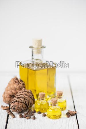oil, of, cedar, nuts - 22682897