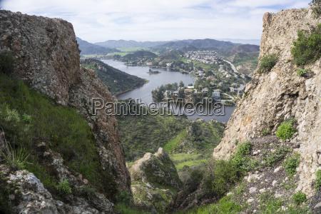 prime real estate santa monica mountains