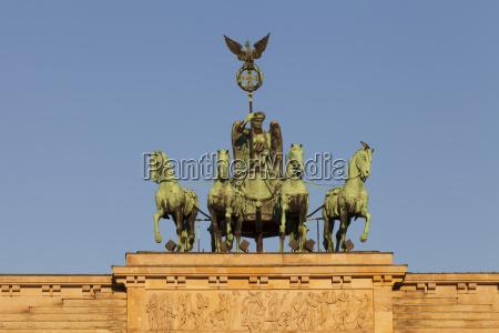brandenburg gate brandenburger tor quadriga berlin