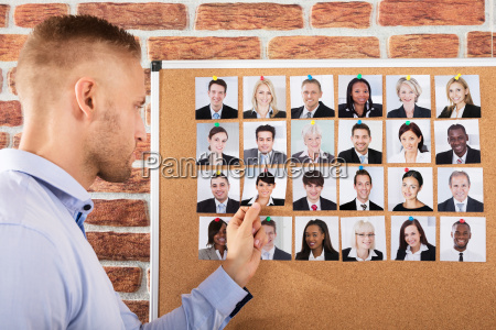 businessman hiring the candidate for job