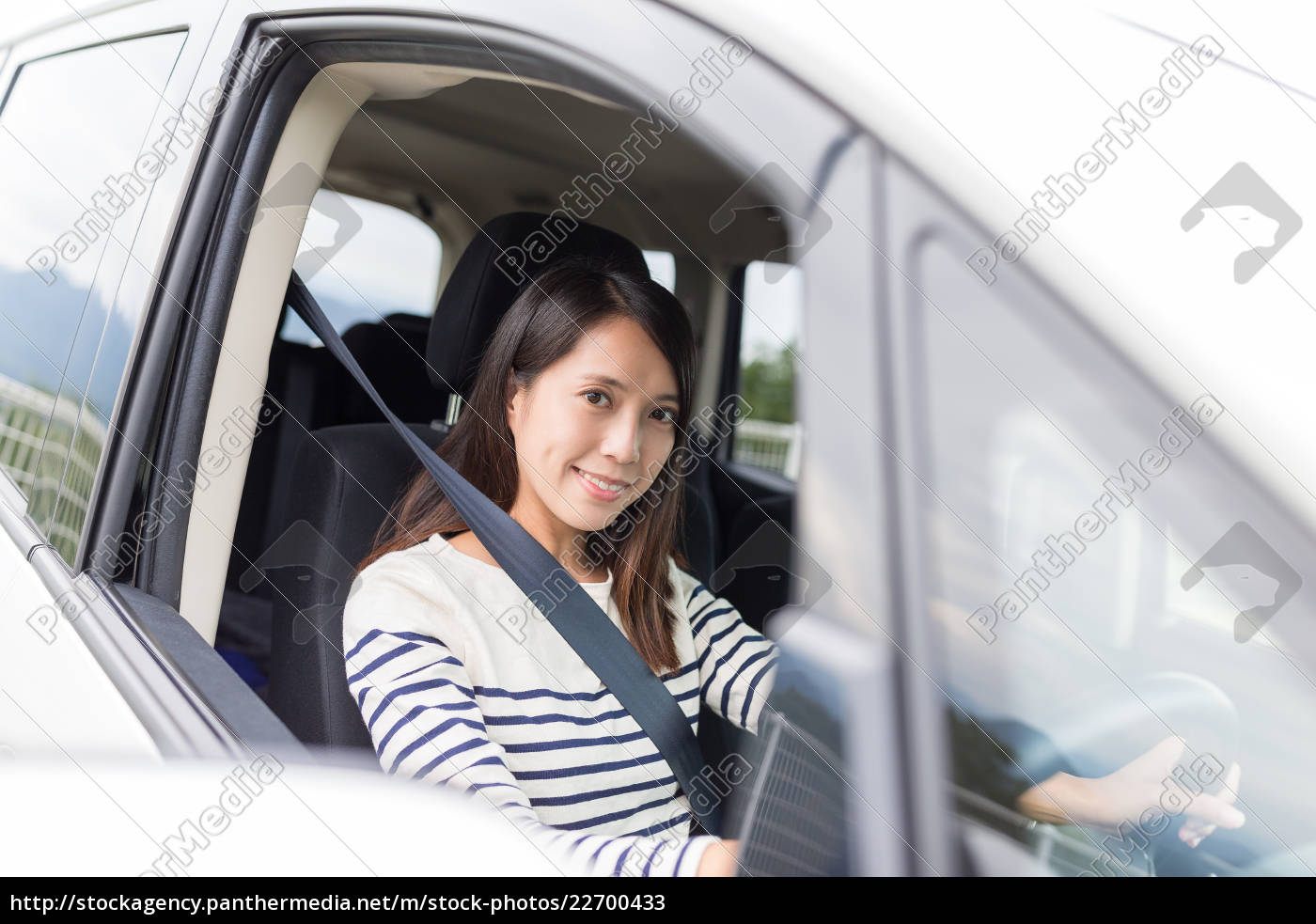 woman, driving, the, car - 22700433