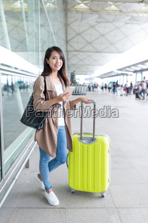 woman, go, travel, with, cellphone, and - 22700525