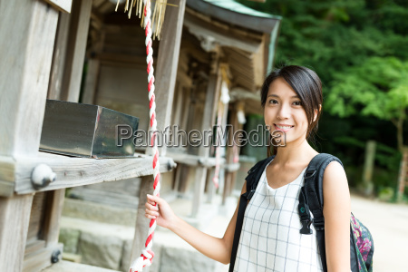 woman, holding, the, bell, in, japanese - 22700417