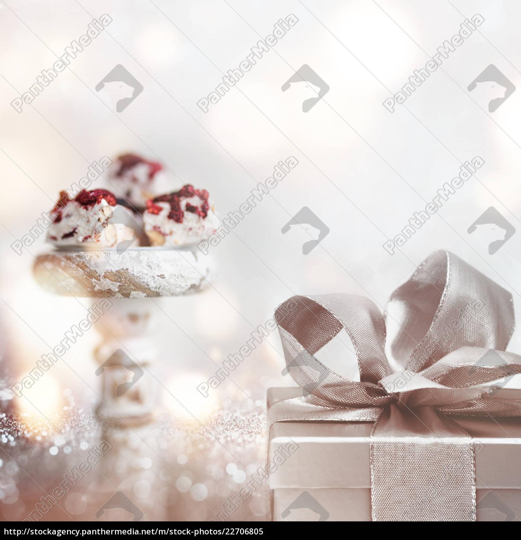 sweet, surprise, on, a, silver, bokeh - 22706805