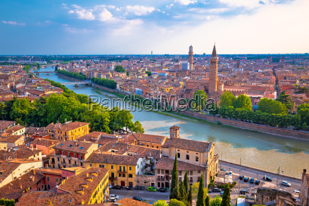 ciy of verona and adige river