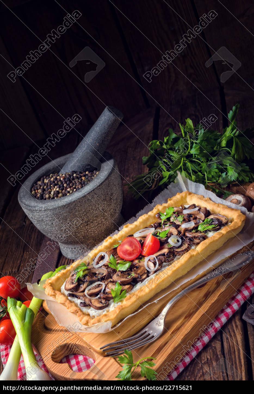 mushroom, tart, with, ricotta - 22715621