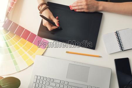 graphic, designer, using, digital, drawing, tablet - 22717765